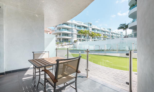 2 Bedroom Palm Mar (9)